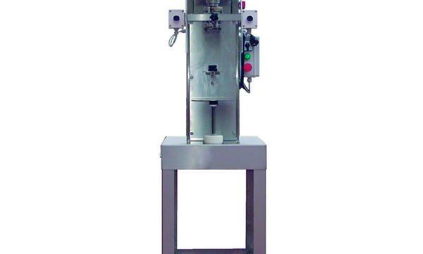 Ang Semi-Awtomatikong Spindle Bottle Capping Machine